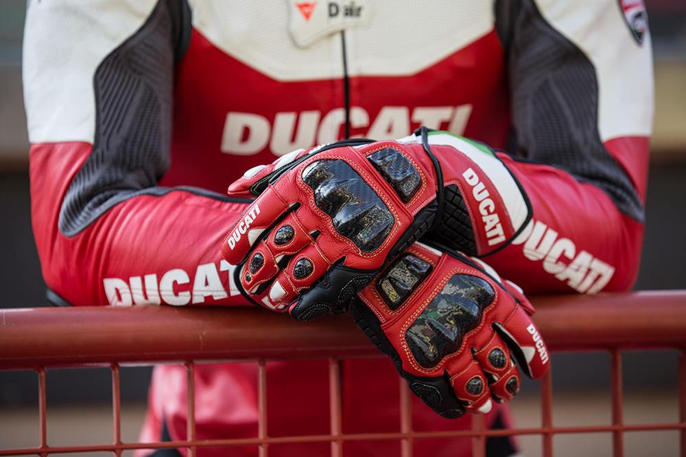 prodotta da Dainese in esclusiva per Ducati
